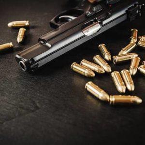 Pistolové